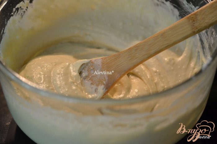 Фото приготовление рецепта: Кекс с абрикосами шаг №2