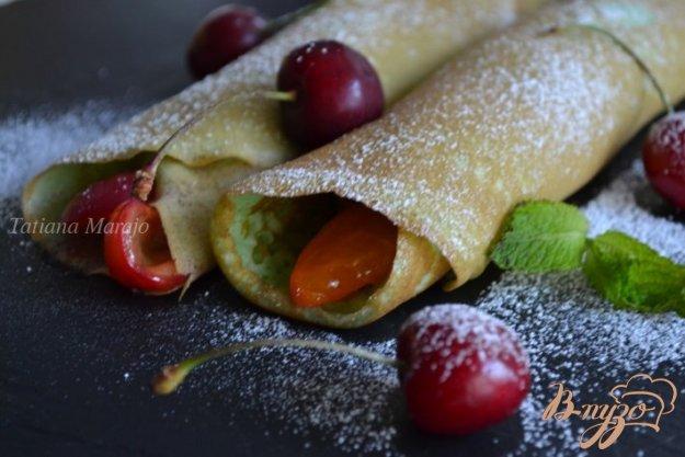 Рецепт Блинчики с фруктовой начинкой с киршем