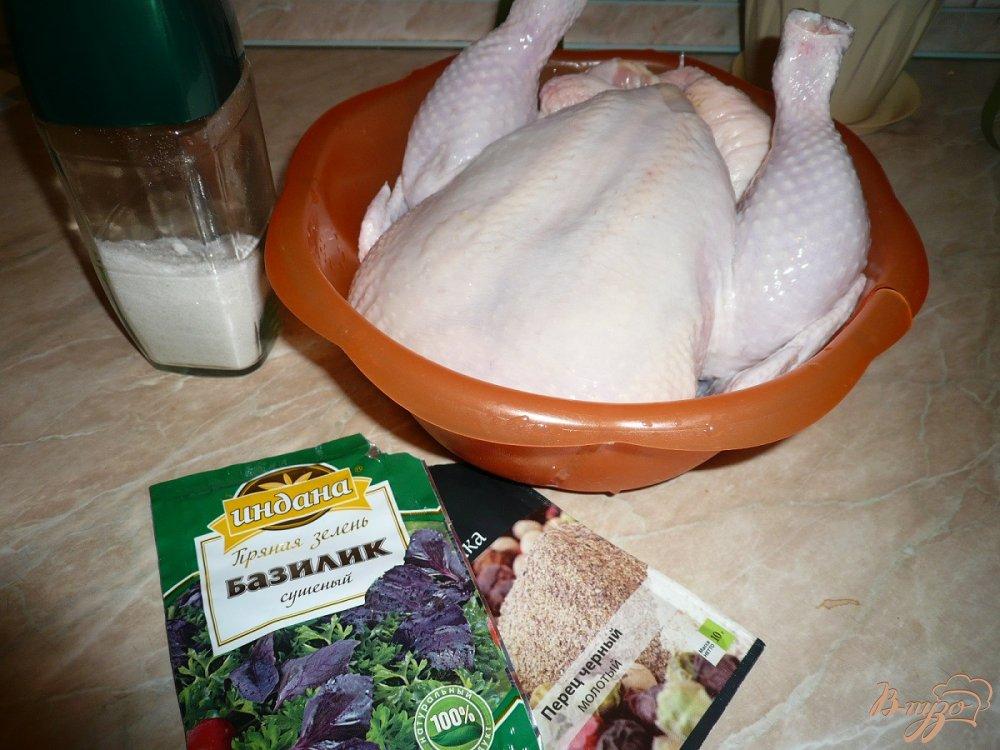 Фото приготовление рецепта: Курица в собственном соку шаг №1