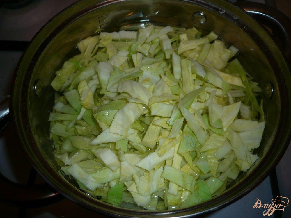 Фото приготовление рецепта: Постные щи с фасолью шаг №3