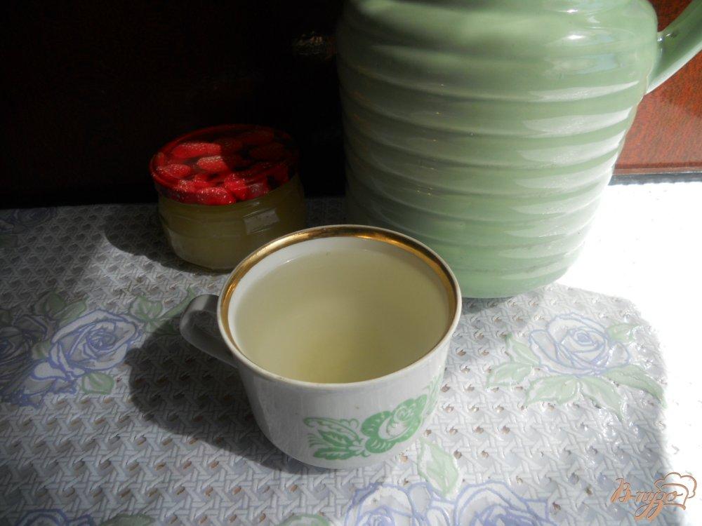Фото приготовление рецепта: Компот из ревеня с мёдом шаг №6