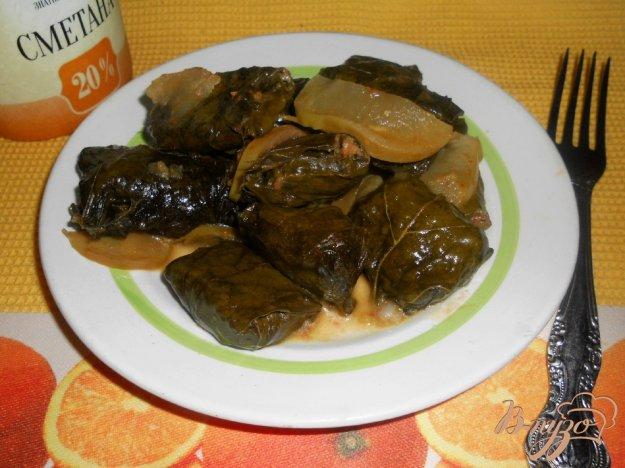 Рецепт Мини-голубцы в виноградных листьях