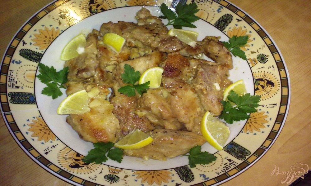 Фото приготовление рецепта: Лимонно-чесночная свинина шаг №6