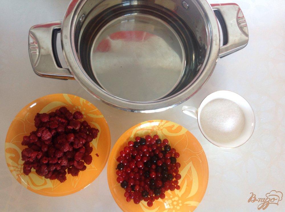 Фото приготовление рецепта: Летний компот шаг №1