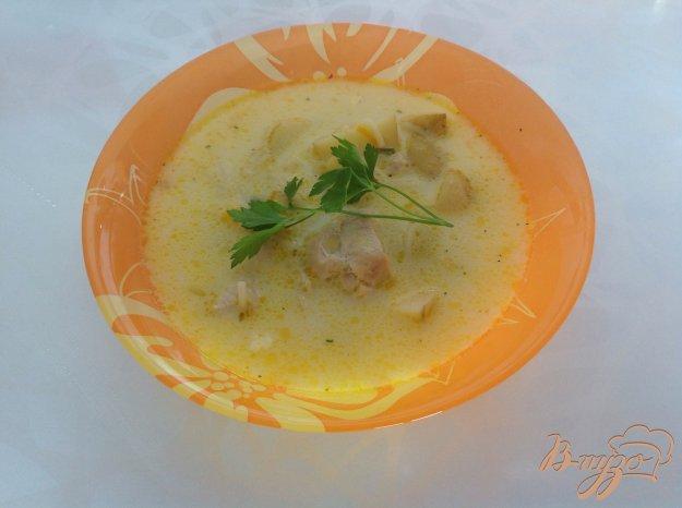 фото рецепта: Суп с плавленым сырком