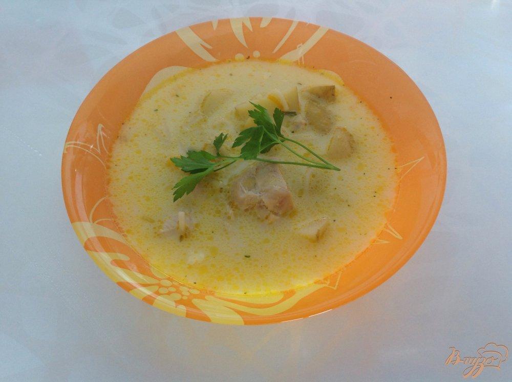 Фото приготовление рецепта: Суп с плавленым сырком шаг №8