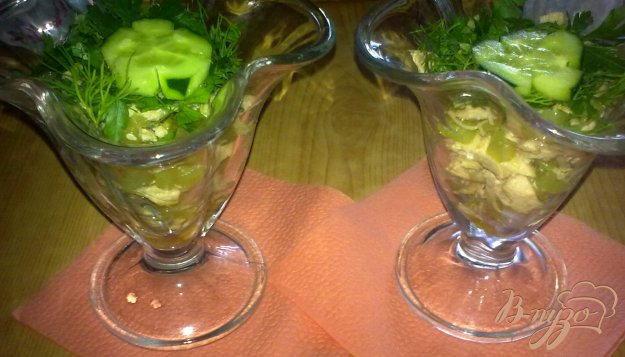 Рецепт Салат с куриным филе и соевым соусом