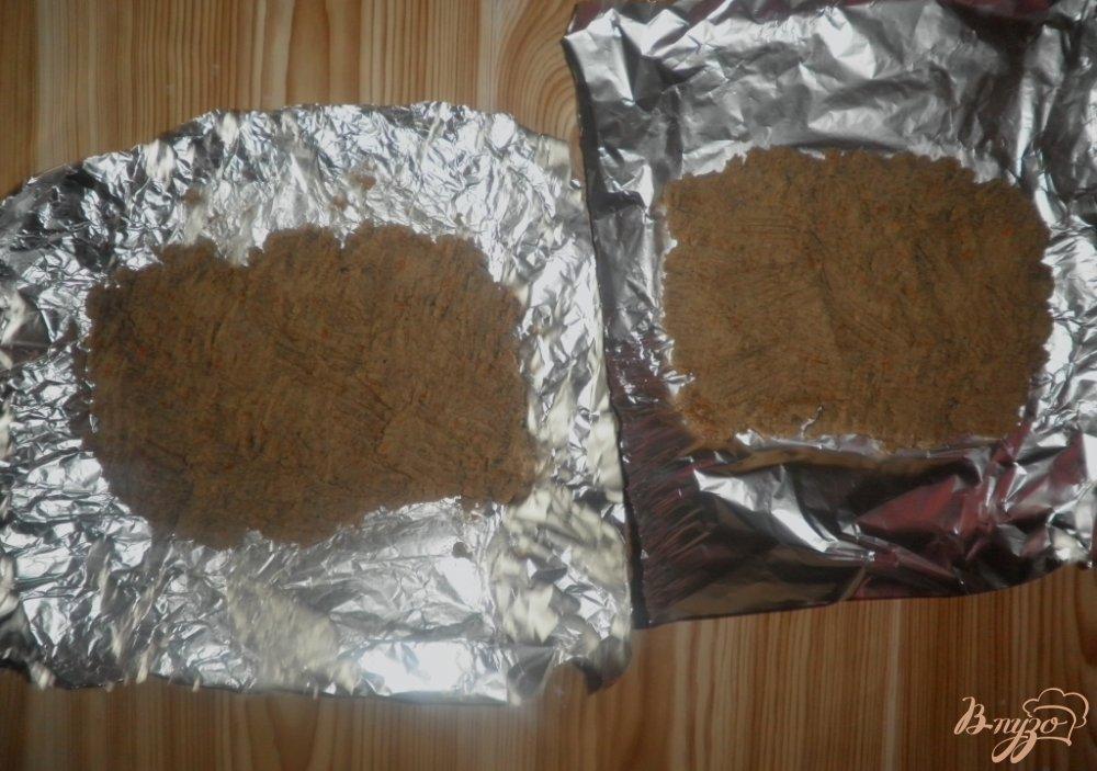 Фото приготовление рецепта: Сырно-печеночный рулет шаг №7