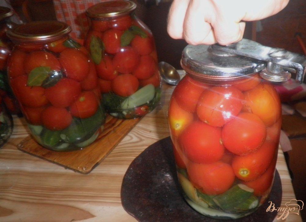 Фото приготовление рецепта: Консервированные овощи Лето в банке шаг №10