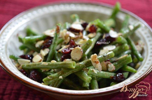Рецепт Зеленая фасоль с орехами и клюквой