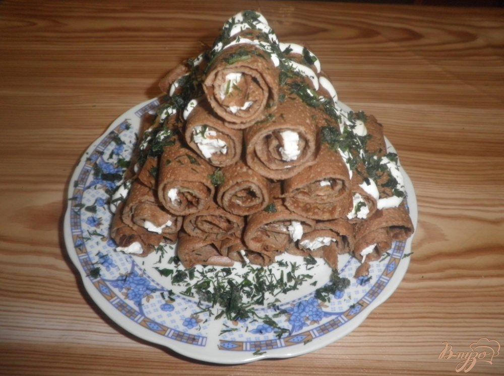 Фото приготовление рецепта: Печеночные рулетики с начинкой шаг №8