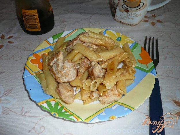 Рецепт Макароны в сливочном соусе с курицей