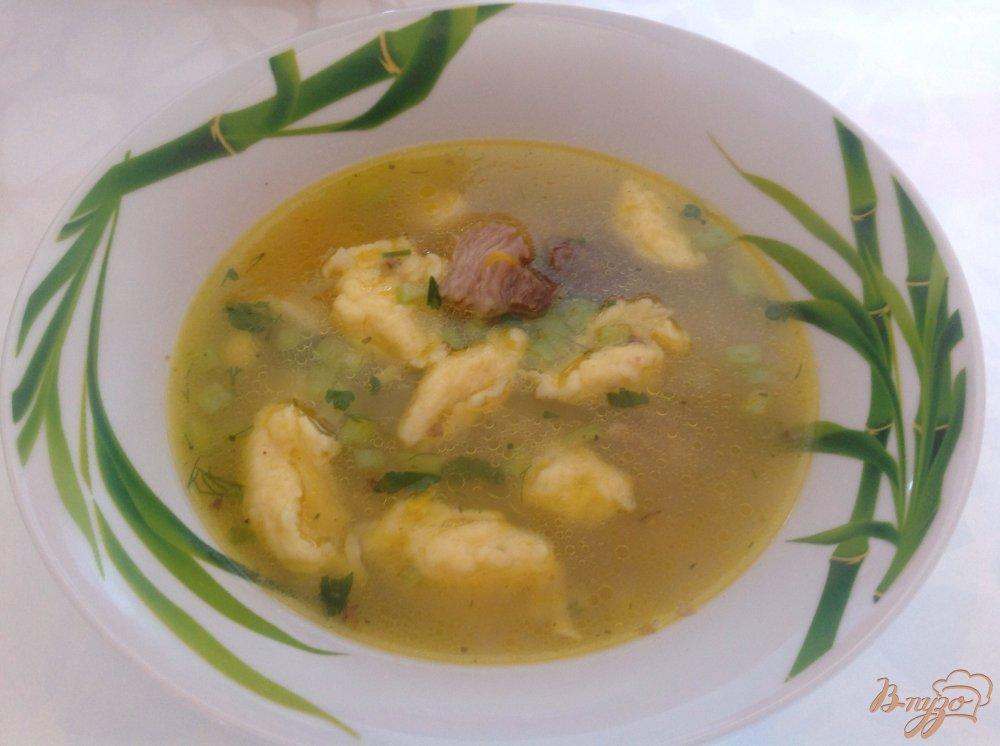 Фото приготовление рецепта: Суп с клецками шаг №4