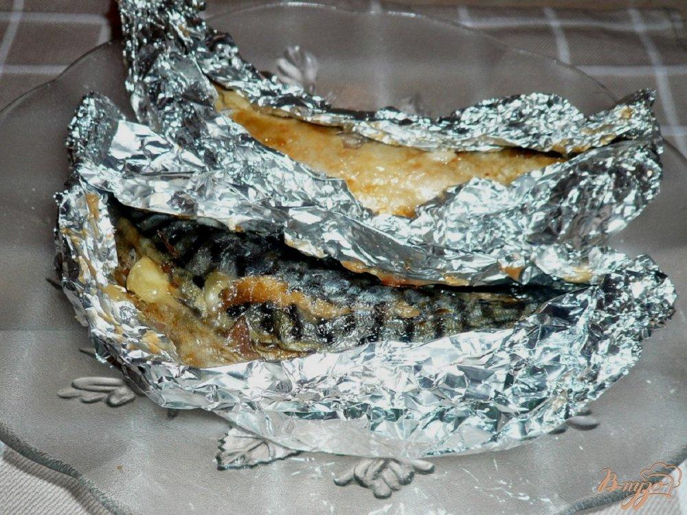 Фото приготовление рецепта: Запеченная скумбрия шаг №5