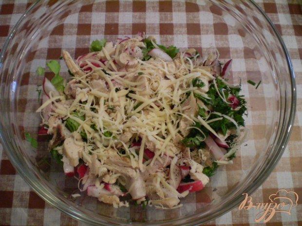 Салат с цыпленком-гриль
