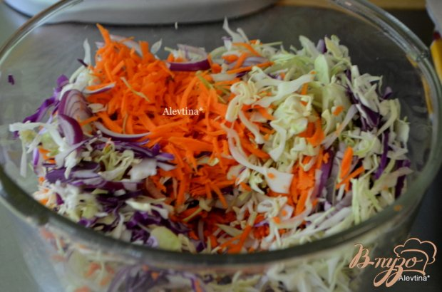 Цветной капустный салат с домашней кисло-сладкой заправкой