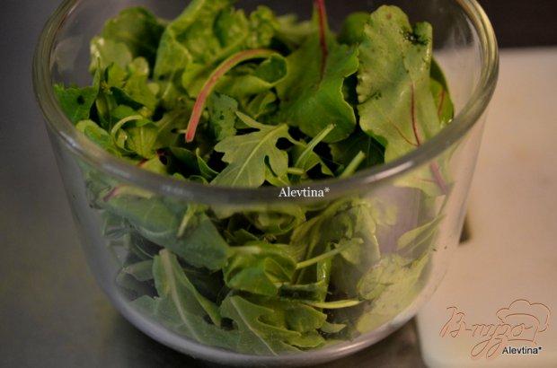 Шпинатный салат с бальзамической заправкой