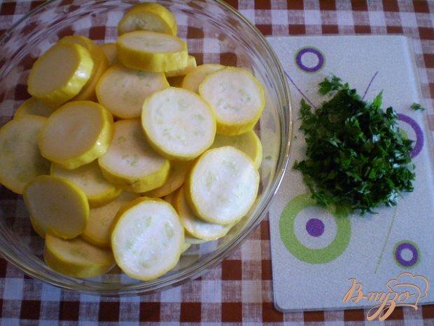 Кабачки в кефире с зеленью