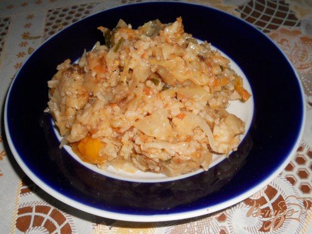 Капуста тушеная с рисом и морковью