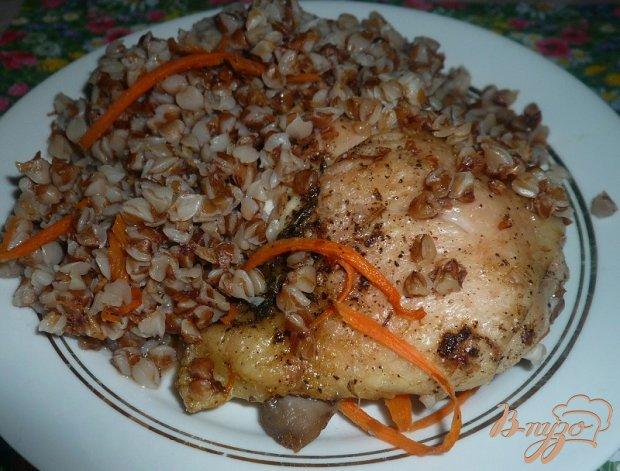 Куриные бедра запечённые с гречневой кашей