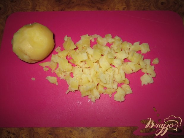 Салат с крабовыми палочками, сыром и болгарским перцем