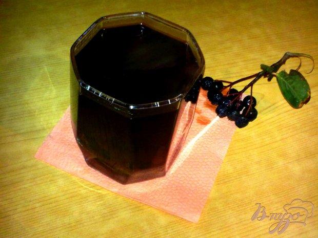Компот из черноплодной рябины и слив