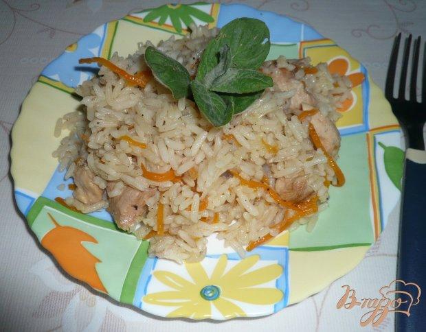Рисовая каша с курицей и черносливом