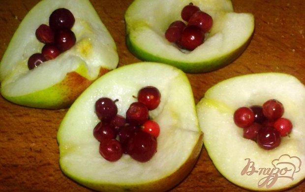 Тосты с сыром и фруктами