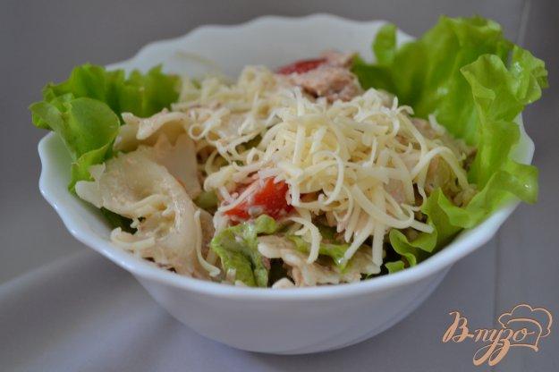 Рецепт Салат с тунцом, макаронами и помидорами черри