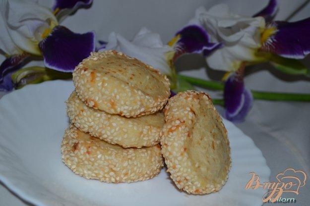 Рецепт Сметано-сырное печенье с кунжутом