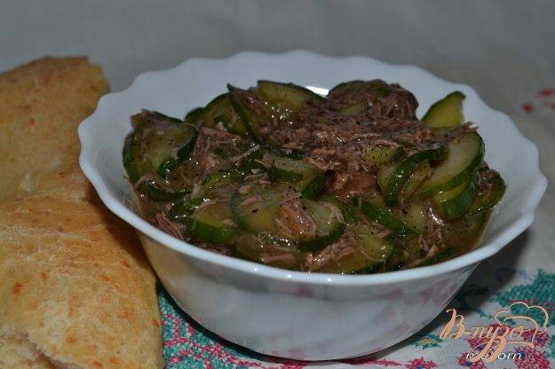 Рецепт Салат огуречный с мясом (острый)