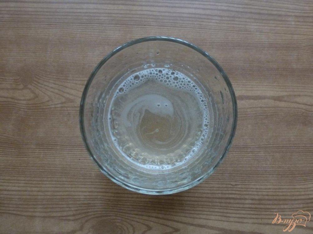 Фото приготовление рецепта: Творожно-клубничное желе шаг №2