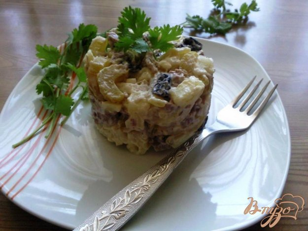 фото рецепта: Овощной салат с говядиной и маринованным сельдереем