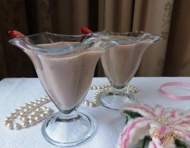 Рецепт Густой коктейль из ягод на ореховом молоке