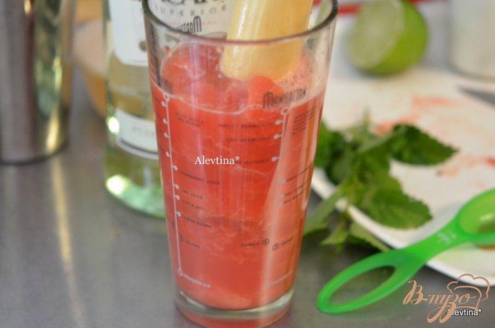 Фото приготовление рецепта: Арбузный мохито шаг №2