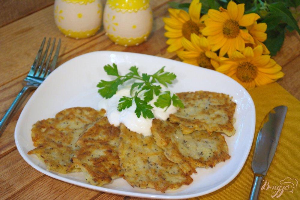 Фото приготовление рецепта: Маковые драники из картофеля шаг №5