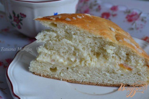 фото рецепта: Медовый пирог с прослойкой из маскарпоне