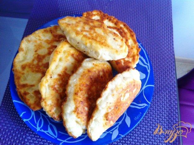 фото рецепта: Сырные лепешки с грибами