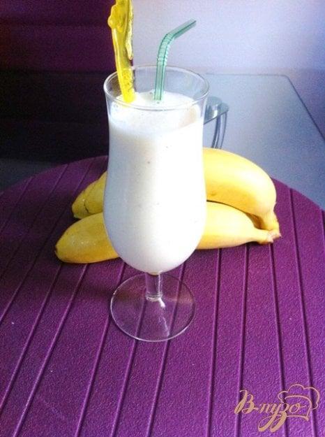 фото рецепта: Коктейль молочно-банановый