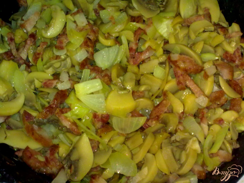 Фото приготовление рецепта: Гречневая каша по-боярски шаг №4