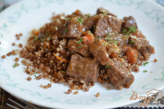 Рецепт Тушеная говядина с медом и тимьяном