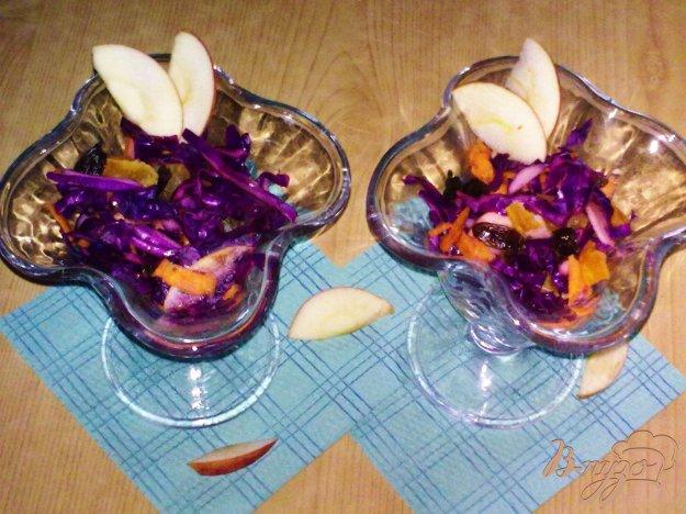 Рецепт Салат из краснокочанной капусты с яблоком