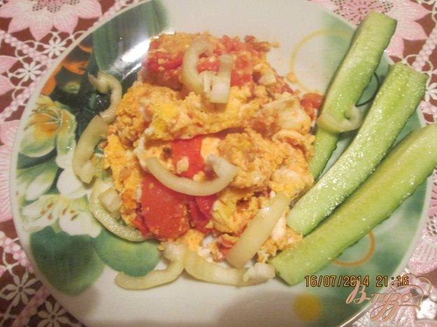 Рецепт Жареные куриные яйца с помидорами