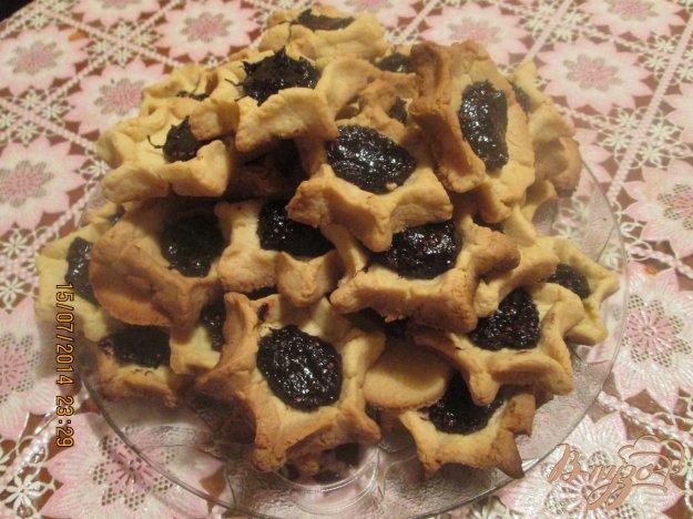 Рецепт Песочное печенье с клубничным джемом