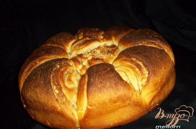 Рецепт Плюшка «Цветок» с орехами