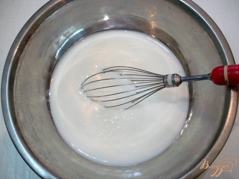 Фото приготовление рецепта: Жареные пирожки на кефире с квашеной капустой шаг №8
