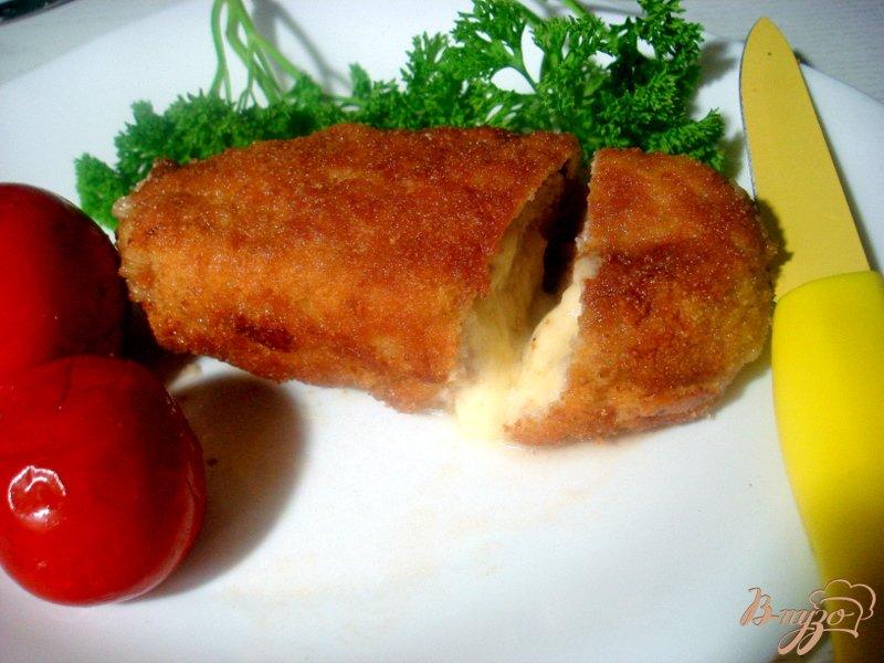 Фото приготовление рецепта: Свиные рулетики с сыром и чесноком шаг №6
