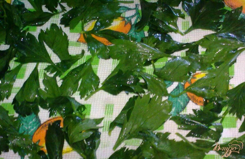 Фото приготовление рецепта: Сельдерей замороженный шаг №3
