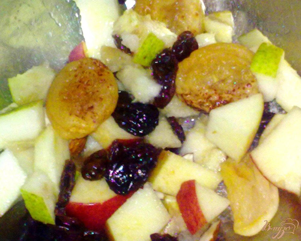 Фото приготовление рецепта: Салат из фруктов со льдом шаг №4