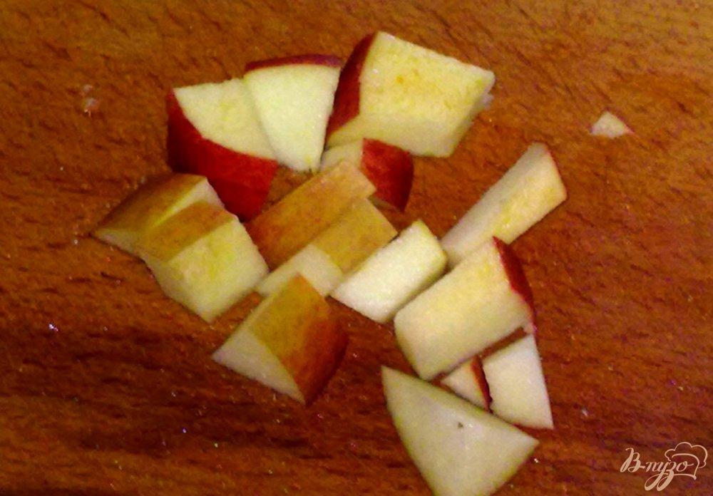 Фото приготовление рецепта: Салат из фруктов со льдом шаг №2